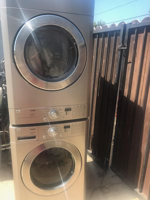 Washer and dryer for Sale in San Fernando, CA