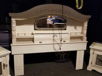 $270 Need Gone. 6 Piece Bedroom Set for Sale in Auburn,  WA