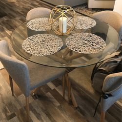 Dining Room Table for Sale in Sanford,  FL