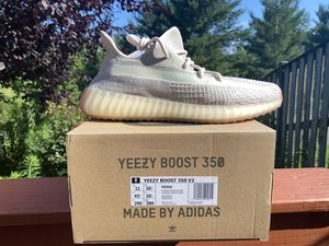 Adidas Yeezy Boost 350v2 Citrin - Size 11 for Sale in Rockville, MD