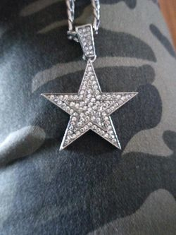 NEW HIP HOP HEAVY SILVER BLINGED CHAIN for Sale in Perris,  CA