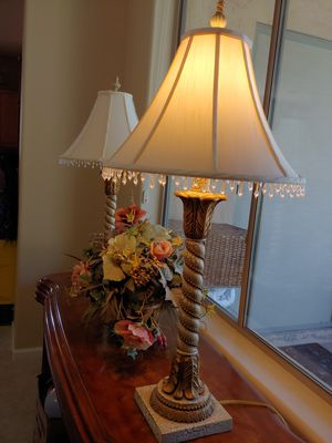 Beautiful lamp for Sale in Chandler, AZ