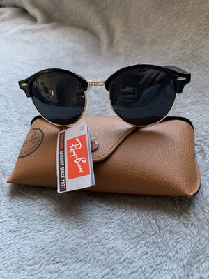 Rounded Metals Black/Gold Sunglasses for Sale in San Francisco, CA