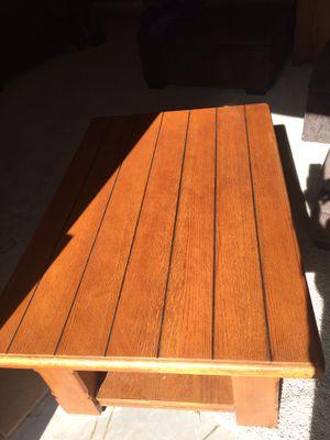 Raisable coffee table for Sale in Payson, AZ