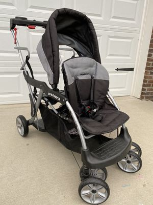 Graco Stand and Ride Stroller   Lightweight Double Stroller with Toddler Standing Platform for Sale in Strongsville, OH