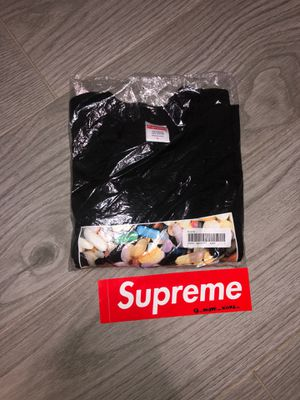 Supreme Pill tee get for a steal for Sale in Miami, FL