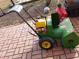 John Deere Snow Blower for Sale in Fort Washington,  MD