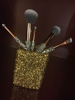 Custom makeup brushes for Sale in Morningside, MD