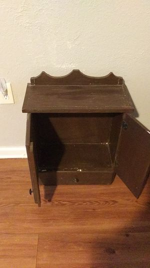 Brown cabinet with drawer for Sale in Wichita Falls, TX