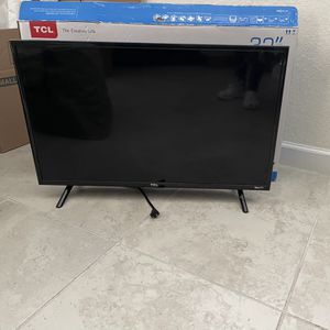 "Tv Tcl Roku 32"" for Sale in Miami, FL"