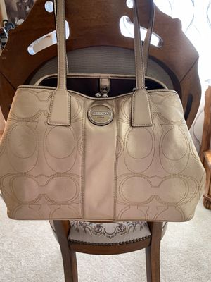 Coach Gold Metallic Leather Signature Satchel Shoulder Bag for Sale in Wichita, KS
