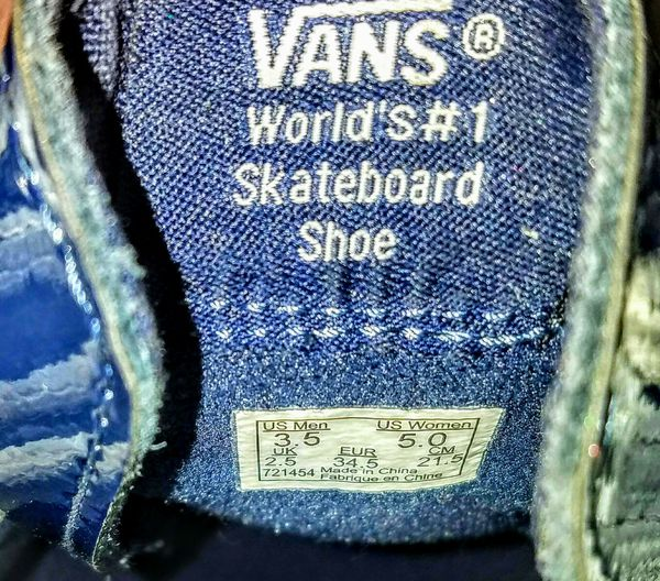 Women's VANS SNEAKERS Navy & White pleather w/zipper detail