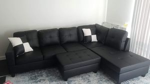 Black Leather Corner Sectional Couch for Sale in Snohomish, WA