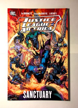 Justice League Graphic Novel Comic Book Like New for Sale in Germantown, MD