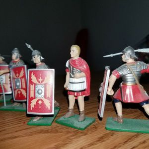 Ancient Miniature Toy Soldiers Collectibles Plastic And Metal for Sale in Bartow, FL