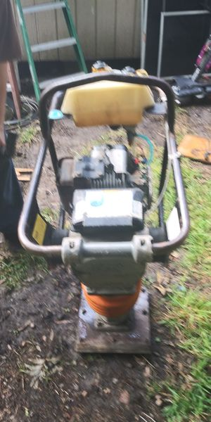 "Tamper 12"" plate 5hp motor for Sale in San Leon, TX"
