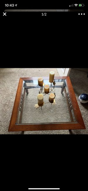 Coffee table for Sale in Wake Forest, NC