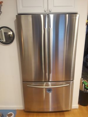 Like new Samsung refrigerator for Sale in East Providence, RI