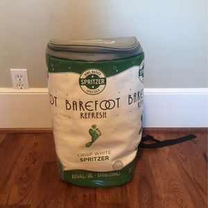 Barefoot Can-Shaped Insulated Backpack for Sale in Mountlake Terrace, WA