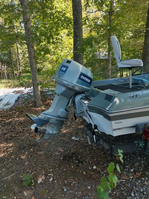 1982 Ebbtide v4 115hp for Sale in Louisa, VA