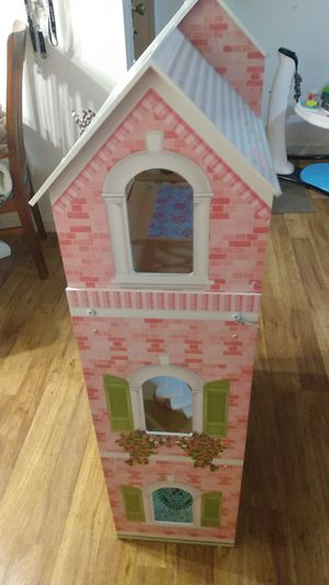 Doll house for Sale in Richmond, CA