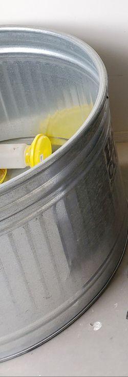 "Behren Stock Tank 36"" diameter for Sale in Grandview,  WA"