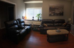 Leather reclining Couch for Sale in Garden Grove, CA