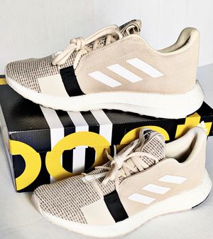 NWT Adidas Senseboost Go Sneakers for Sale in Kissimmee, FL
