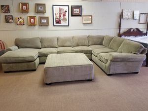 Sectional sofa with chaise and ottoman LARGE Lane for Sale in Tulsa, OK
