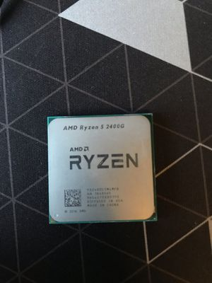 AMD Ryzen 5 2400G with stock cooler and thermal paste included (Open to trades) for Sale in High Point, NC