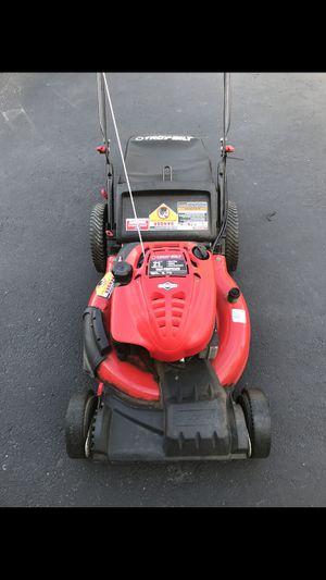 Briggs & Stratton Lawn Mower for Sale in Rutland, MA
