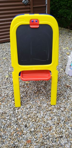 Play dolls house easel more for Sale in Harpers Ferry, WV