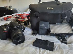 Nikon D3300 for Sale in Lake Forest, CA