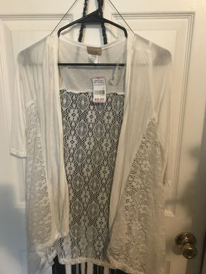 NWT white lace cardigan boho chic! for Sale in Saint Petersburg, FL
