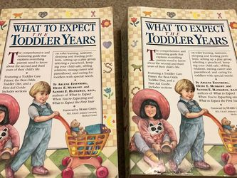 Parenting Baby Care Book : What To Expect The Toddler Years for Sale in Smyrna,  TN
