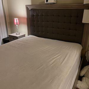 3 Piece Queen Bedroom Set for Sale in Renton, WA