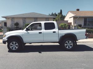 Low mileage 2003 Toyota Tacoma Very clean for Sale in Detroit, MI