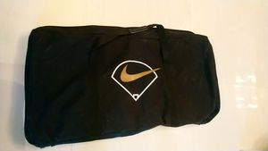 Nike Baseball/softball team bat holder bag for Sale in Hialeah, FL
