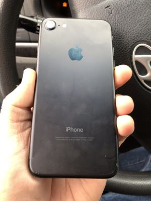 Like New Factory Unlocked iPhone 7 32GB Matte Black. for Sale in Portland, OR