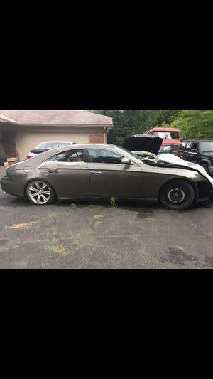 2009 Mercedes cls550 parts for Sale in Agawam, MA