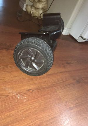 Hoverboard with Bluetooth connection for Sale in San Leon, TX