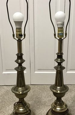 Pair, Brass Lamps, Vintage for Sale in Coraopolis,  PA