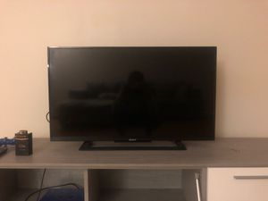 Sony Bravia for Sale in Los Angeles, CA