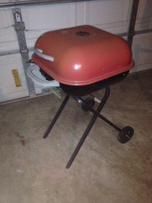 Bbq grill for Sale in Orlando, FL