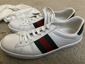Gucci ace sneakers for Sale in San Mateo, CA