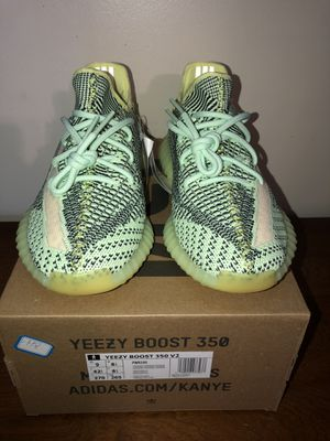 Yezzy Boost 350 V2 Yeezre Size 9 for Sale in Bridgeport, CT