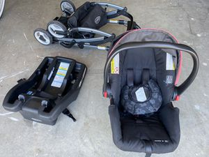 Graco car seat and stroller for Sale in Discovery Bay, CA