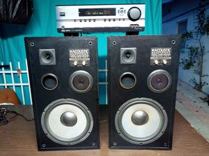Speakers and amplifier for Sale in Tampa, FL