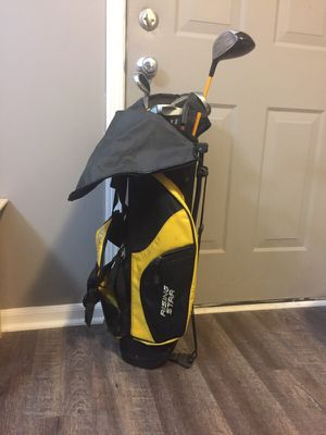 Rising star youth golf club set of two for Sale in Columbus, OH