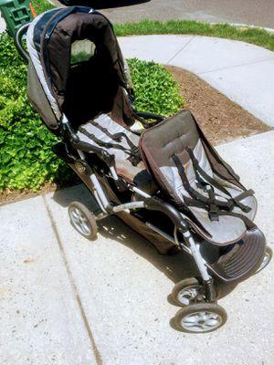 Graco Double stroller for Sale in Hammonton, NJ